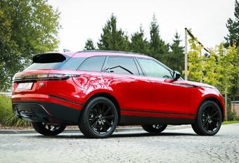 Als vierde telg van de Range Rover-gamma zou de Velar wel eens het succes van de Evoque kunnen evenaren. Hij onderscheidt zich tenslotte met verzorgde lijnen van de hand van dezelfde Gerry McGovern.