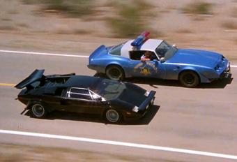 De originele prent uit 1981 was een aanklacht tegen de algemene invoering van een snelheidsbeperking in de Verenigde Staten. Waarover de geplande remake van