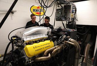 Hennessey is bezig de ontwikkeling van de V8-biturbo die de Venom F5 naar een topsnelheid van 500 km/u moet stuwen. Bekijk de Fury-krachtbron op de testbank.