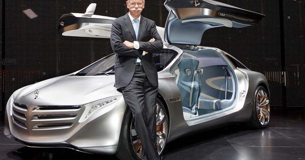 Dieter Zetsche Ceo Van Daimler Geeft Kritiek Op