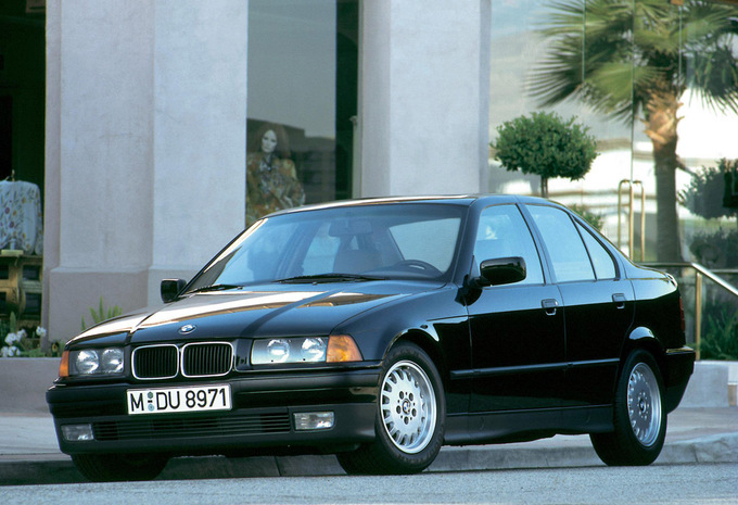 bmw s rie 3 berline 325tds 1990 prix moniteur automobile. Black Bedroom Furniture Sets. Home Design Ideas