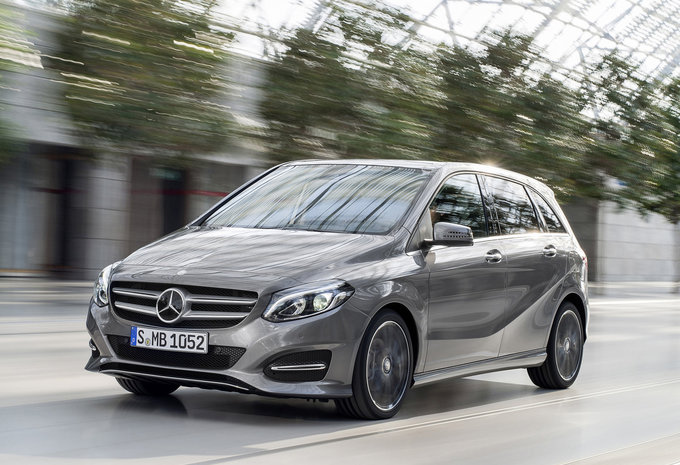 prijs mercedes benz b klasse b 160 amg line 2017. Black Bedroom Furniture Sets. Home Design Ideas