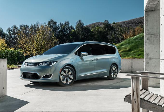 Google in zee met Chrysler voor testprogramma zelfrijdende auto's #1