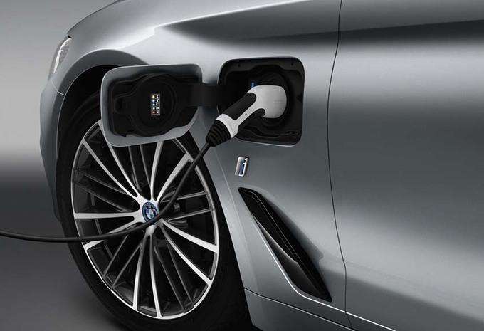 BMW : Voilà la Série 5 hybride-rechargeable #1