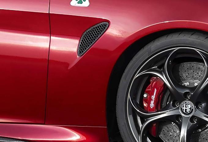 Alfa Romeo : bientôt une Giulia coupé hybride de 650 ch #1