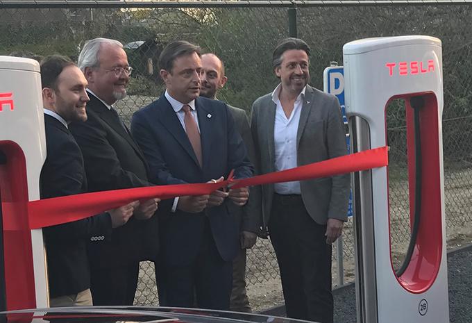 Extra Tesla Superchargerstation in Antwerpen geopend #1