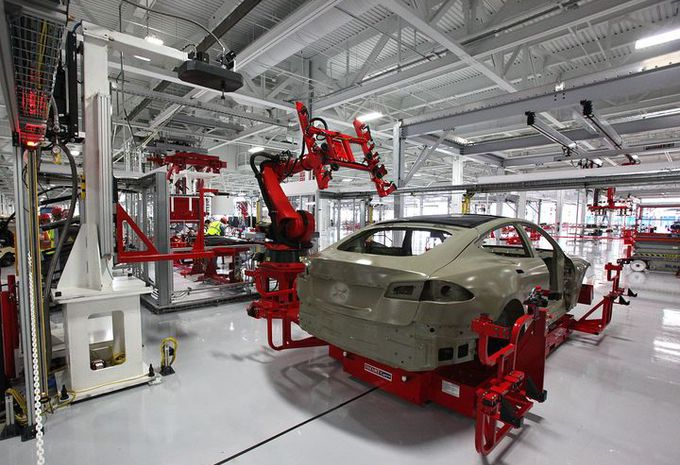 Tesla ontslaat 9 procent van zijn personeel #1