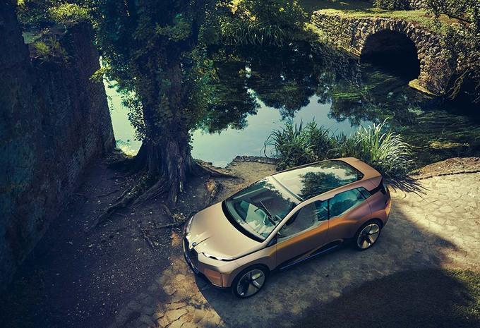 BMW Vision iNext zoekt antwoorden #1