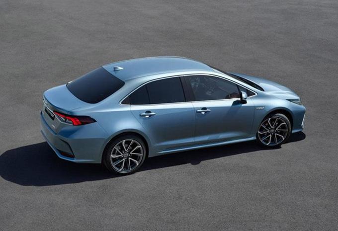 Toyota Corolla : Maintenant la berline #1