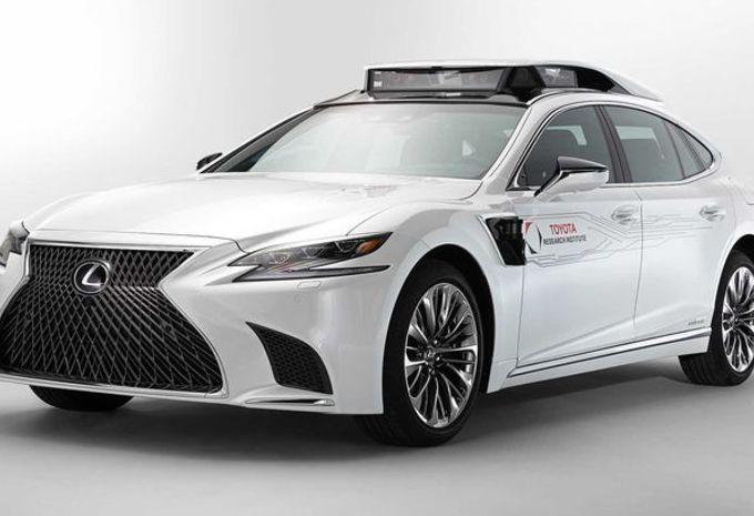 Toyota P4 : une Lexus pour tester la conduite autonome #1