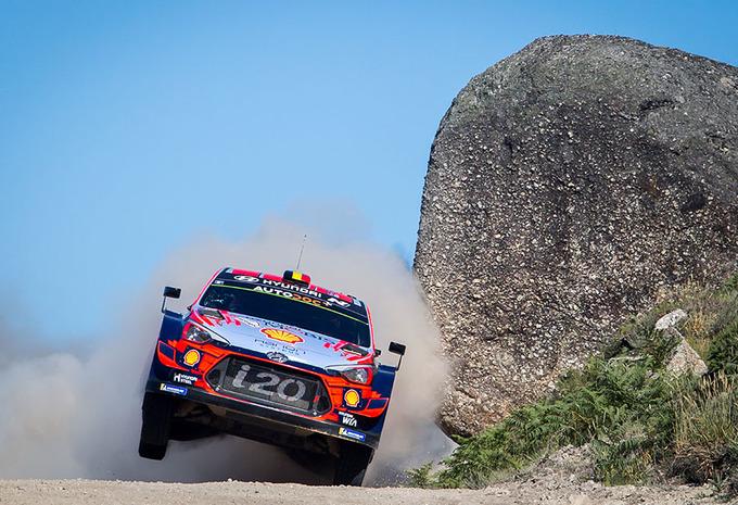 Thierry Neuville voorlopig derde in spannende secondenstrijd rally Portugal #1
