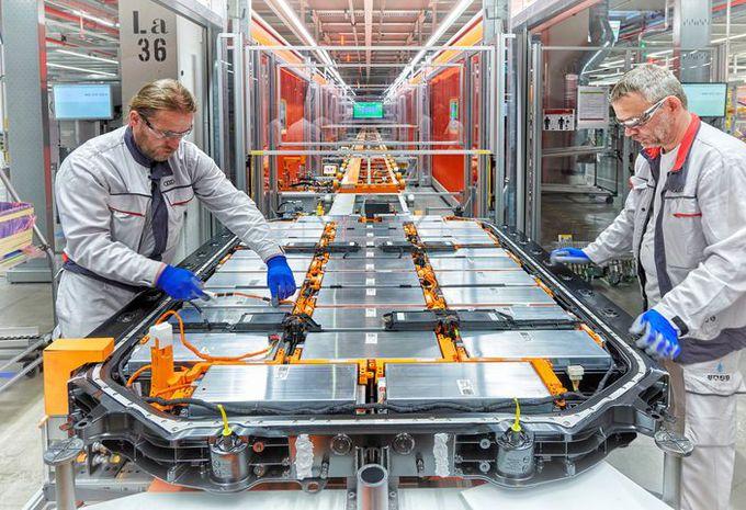 Audi : des travailleurs chinois en formation à Forest #1