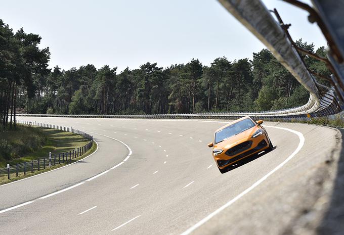 Leren rijden met de Ford Focus ST... op Lommel #1