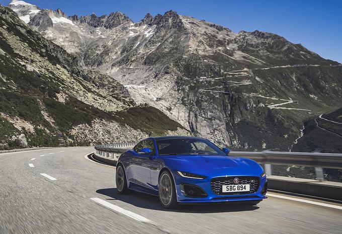 Jaguar F-Type : pas de V6 ni de boîte manuelle #1