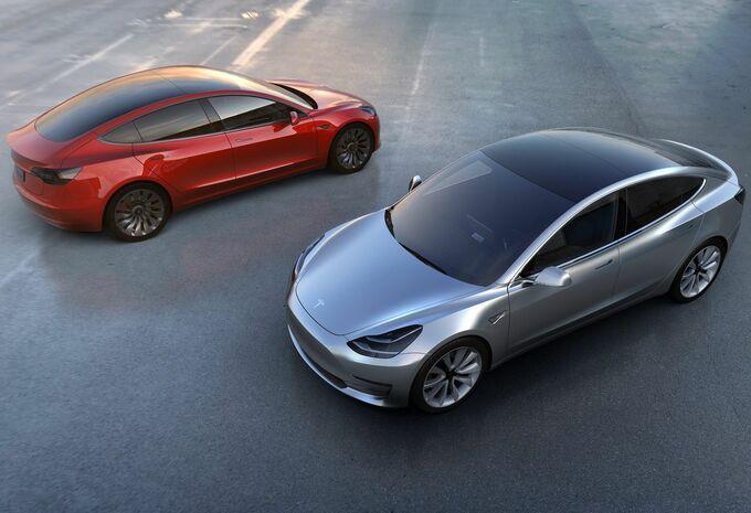 700.000 dollars pour hacker la Tesla Model 3 #1