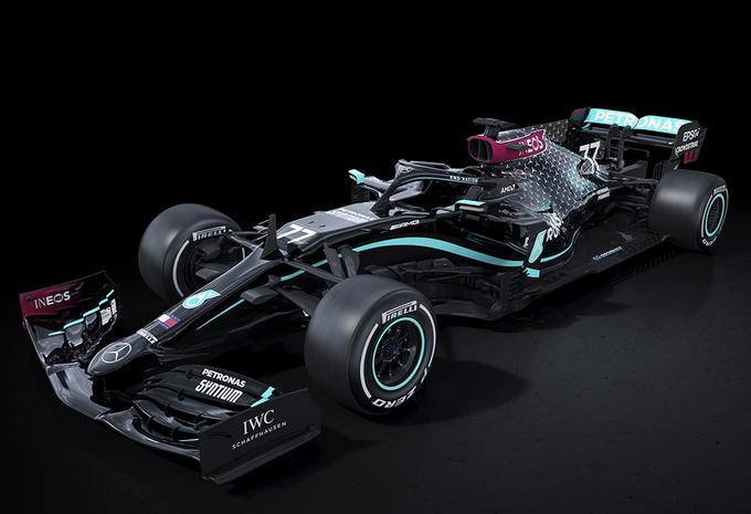 Mercedes F1 kleurt livery zwart voor Black Lives Matter-beweging #1