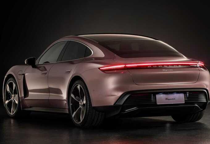 Porsche Taycan : une version d'entrée de gamme présentée en Chine #1