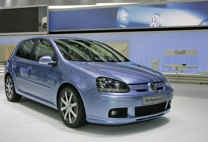 Photos Volkswagen Golf Tdi Hybrid Moniteur Automobile