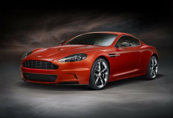 Aston Martin DBS Carbon Edition #1