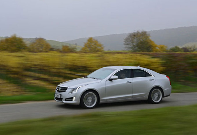 test wegtest cadillac ats 2 0t 2012 autowereld. Black Bedroom Furniture Sets. Home Design Ideas