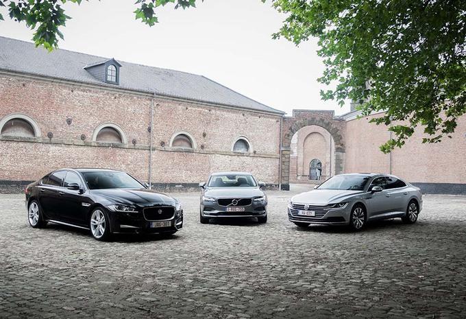 Volkswagen Arteon 2.0 TDI face à deux rivales #1