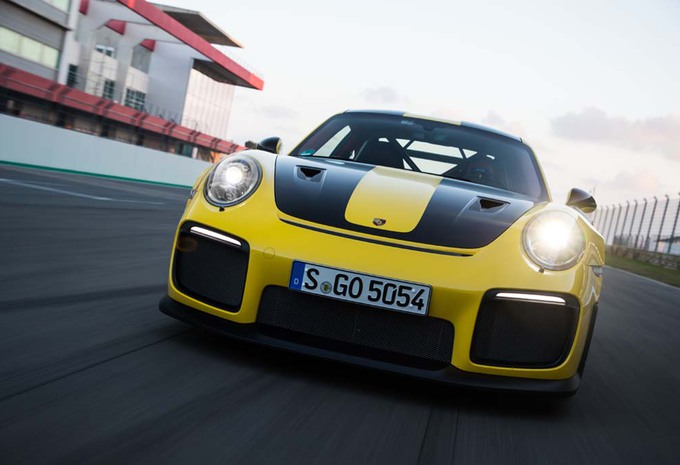 VIDEO – Porsche 911 GT2 RS: explosief requiem #1