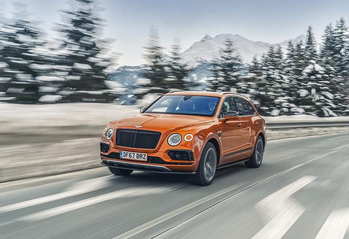 Bentley Bentayga V8 (2018) #1