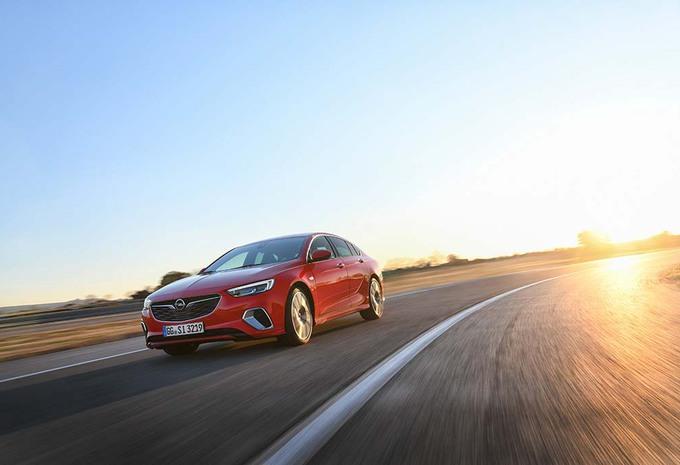 Opel Insignia Grand Sport GSi  : Miss Good Grip    #1