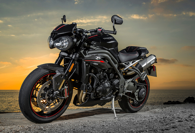 Test Thriumph Speed Triple Rs 2018 Ik Ben Een Hooligan Autowereld