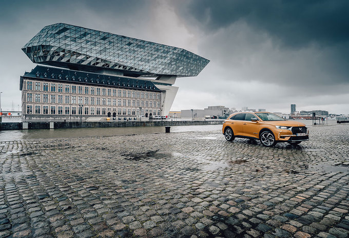 DS 7 CROSSBACK 2.0 HDI 180 : PARADEPAARDJE #1
