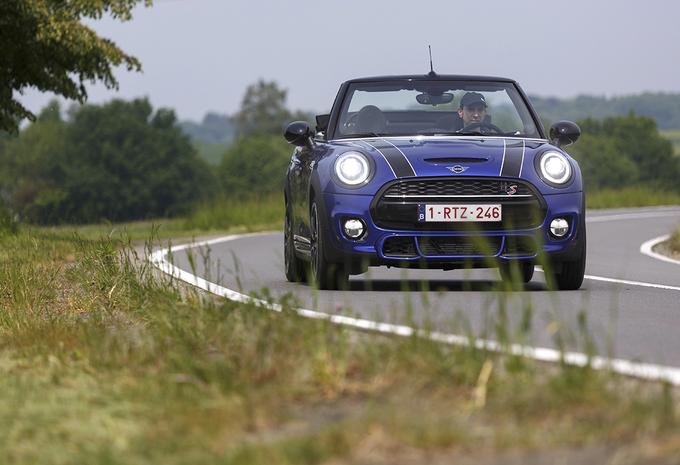 Mini Cabrio Cooper S 192 A : Nog altijd fun #1