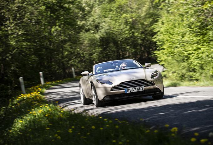 Aston Martin DB11 Volante : La griffe de l'exclusivité #1