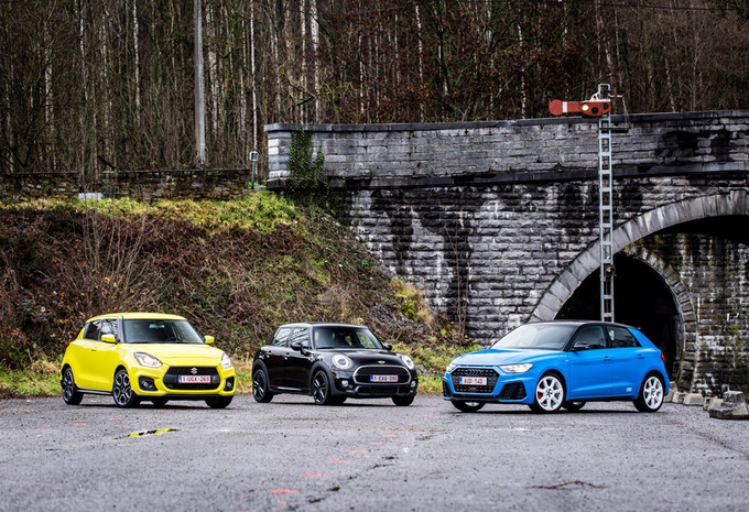 Audi A1 Sportback vs 2 rivalen #1
