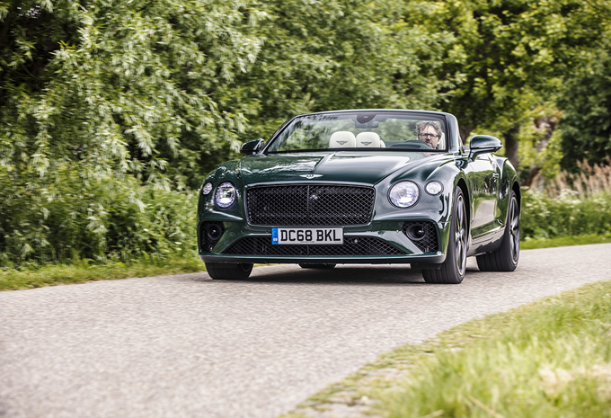 Bentley Continental GT C : le luxe à découvert #1