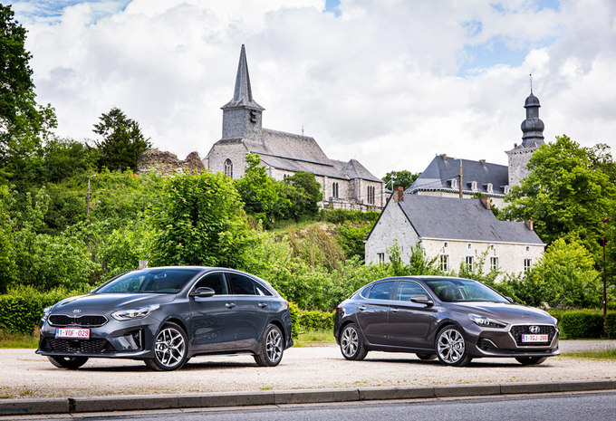 Hyundai i30 Fastback vs Kia Proceed #1