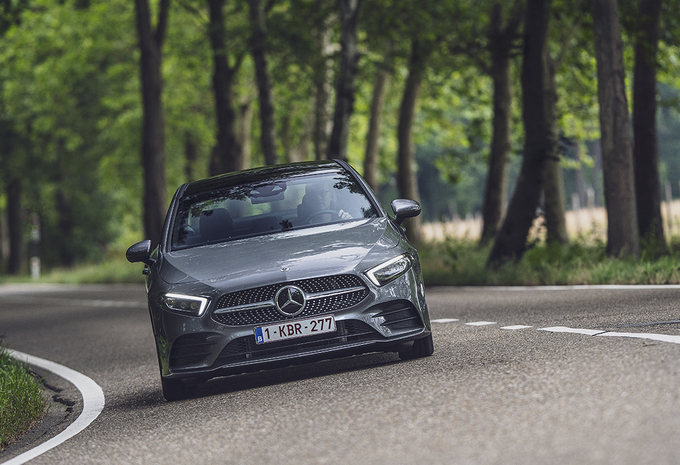 Mercedes A 180d Berline : Raisonnablement belle #1